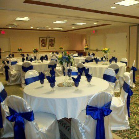 royal blue and white wedding theme | ... Professional Decorator ...