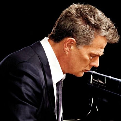 David Foster Helped Organise Prince Harry And Duchess Meghan S Canadian Getaway The Music Producer Has Revealed He Put The Fl In 2020 The Fosters Prince Harry Duchess