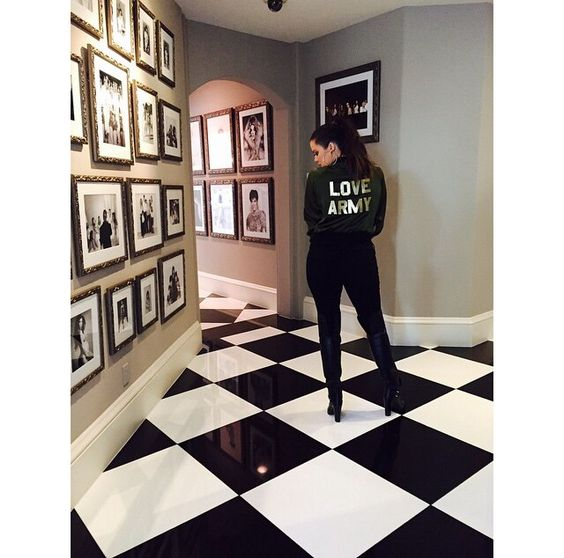 Hallways khloe kardashian and kris jenner house on pinterest Kardashian home decor pinterest