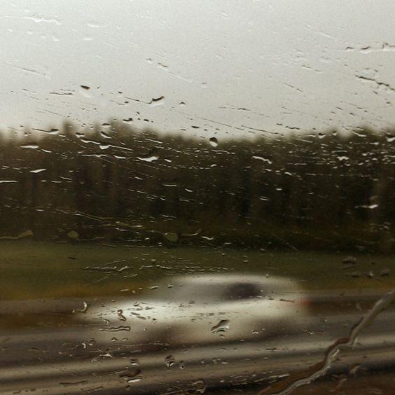 Antes de llover chispea; espermatozoide en camino. instagram.com/enrisanz/ www.enrisanz.com