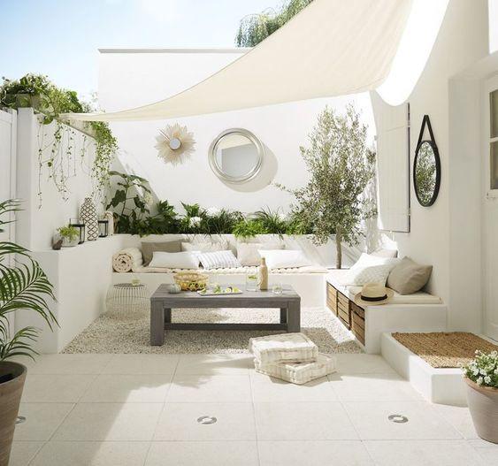 Arredare Con Il Bianco Idee Per Patio Design Di Balcone Spazi Vitali