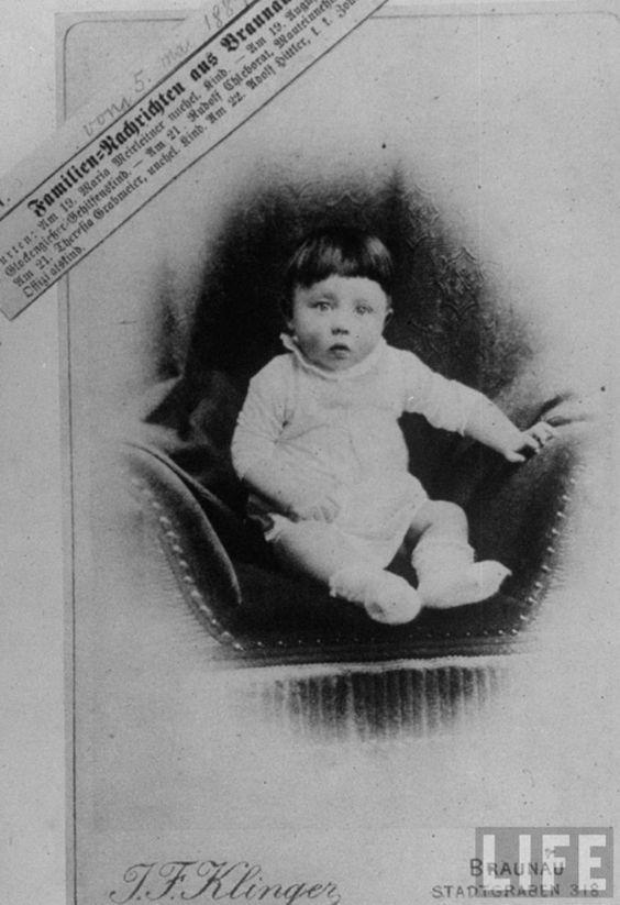 Rare Photos of Adolf Hitler (9)