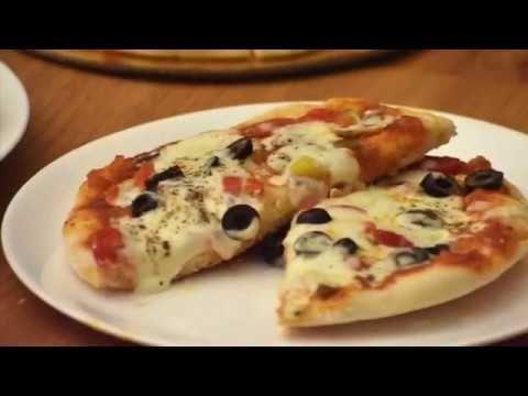 بيتزا المقلاة بدون فرن مو معقول شقد طعمتهابتجنن وطرية ومقرمشة أطيب من الفرن Pizza Without Oven Youtube Food Pie Dough Vegetable Pizza