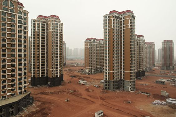 An extraordinary set of photos of China's abandoned cities. www.urinetown.co.uk