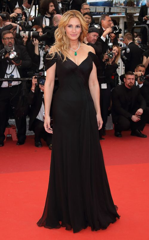 #Cannes: Os 5 #looks de #estrela! | #outfit #celebs #fashion #trends #festival…