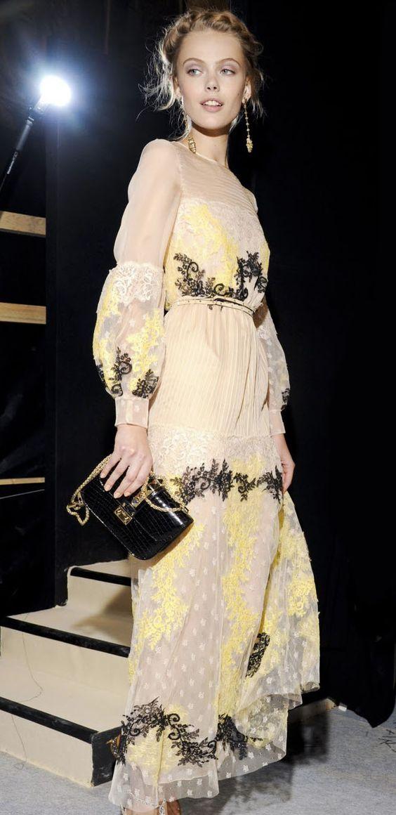 Lace maxi dress / Valentino: Style Yellowfashiondress, Dream Dresses, Fashion Dresses, Abaya Gowns Dresses, Lace Maxi Dresses, Style Fashion