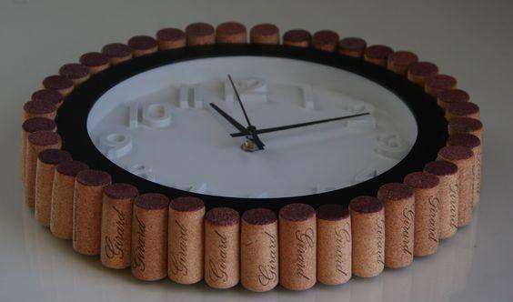 Wine Cork DIY:  cork rimmed clock