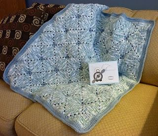 Isn't this a cute granny square baby afghan?
