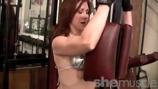 ▶ Mature Redhead Workout - Video Dailymotion