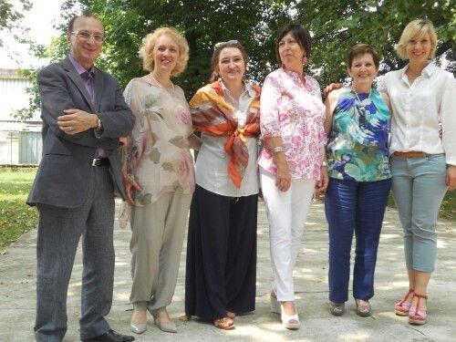 Intitolazione Scuola materna di NOVARA. Col Dirigente e le insegnanti.