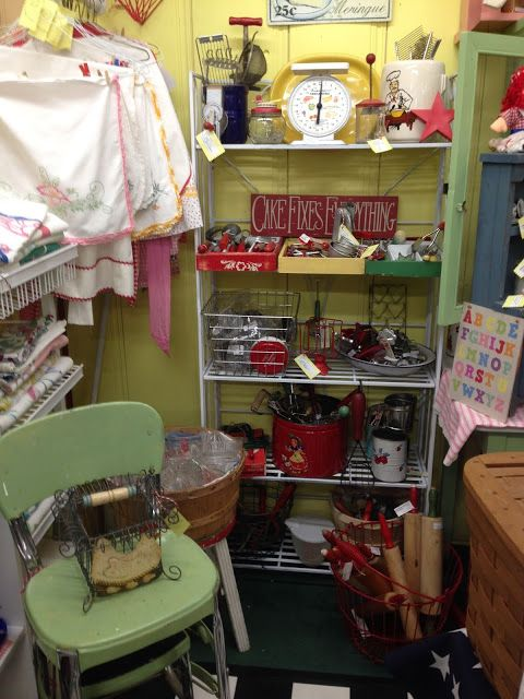 Mall Display Kitchen Items With Linens Small Area Well Designed Booth Display Design Wellness Design Repurposed Items