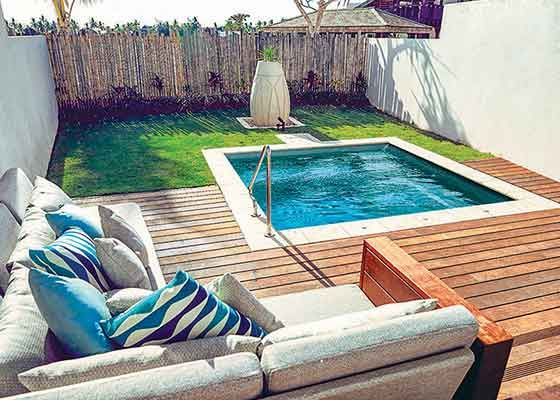 Kleiner Pool F Terrasse