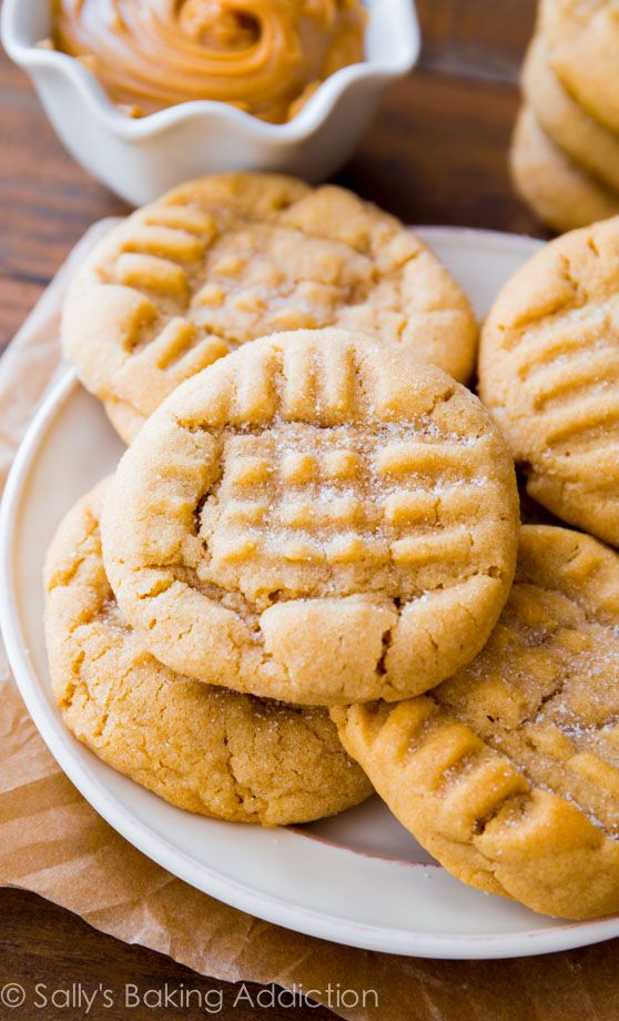 This is my favorite recipe for Classic Peanut Butter Cookies. Easy to make, easier to eat! SallysBakingAddiction.com #cookie_recipes #kid_friendly_recipes