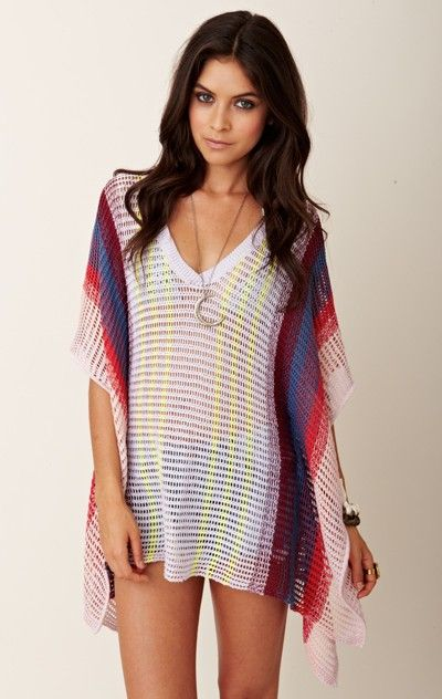 love this poncho. would be a fabulous beach coverup!