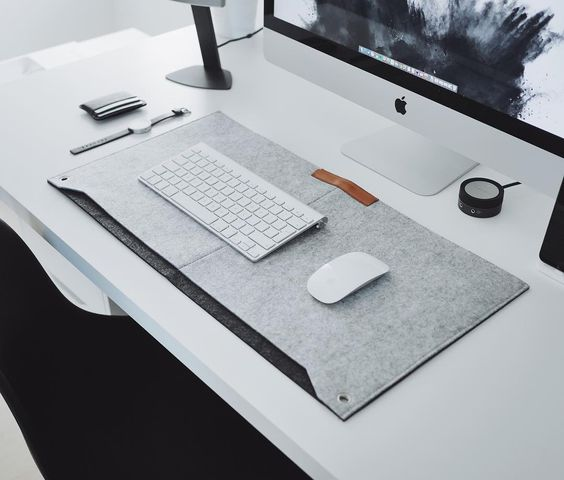 We have grey desk mats now in stock! Link in bio - ultralinxstore.com Pic by…