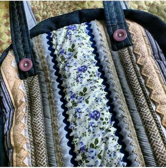 Bolsas coleção jeans by ENTRE LINEAS contatos venda whatshap 6799344621