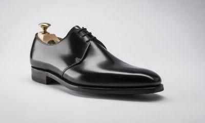 Wie verkoopt er beter schoenen dan James Bond