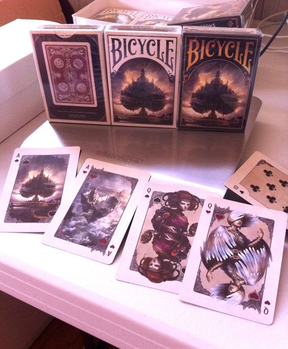 Enter a New World with this stunning deck of 54 playing cards. Experience your favorite card games again with beautiful artwork.