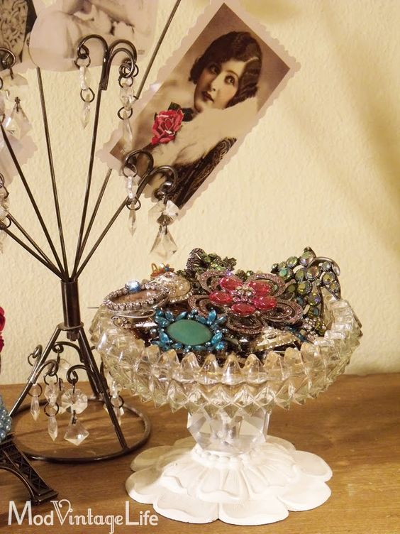 Mod Vintage Life: My Cottage | My Bedroom Redeaux | Pinterest ...