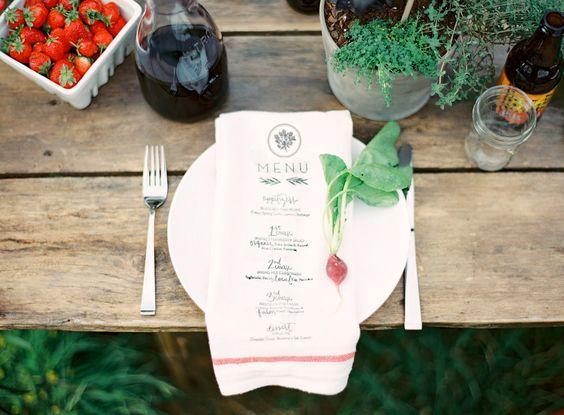 Farm-Table-Dinner.jpg 2,100×1,546 ピクセル