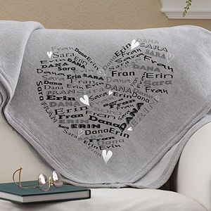 How cute! You can add up to 8 names that will be formed into the shape of a heart on this beautiful blanket! Great gift idea for moms or grandmas with all their kids or grandkids' names! #personalized #mothersdayidea #blanket