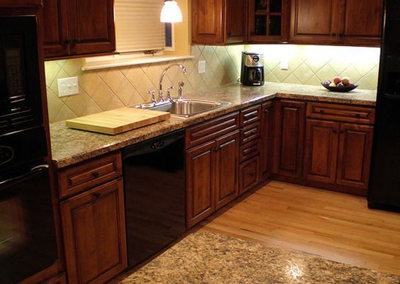kitchen granite and tile combinations backsplashes and cabinets beautiful combinations 8112