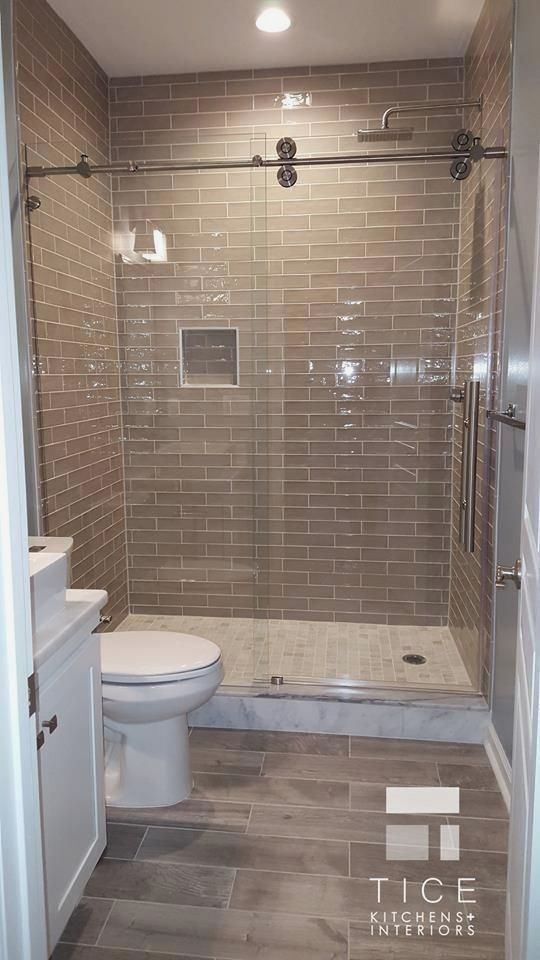 Walk In Showers For Small Bathrooms Are You Looking For The Inspiration Of Modern Bathroo Small Bathroom With Shower Small Bathroom Remodel Bathrooms Remodel