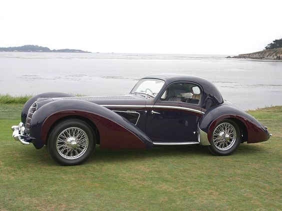The inspiration for a sculpture I created a long, long time ago.... (37 Delahaye 145 Coupe)
