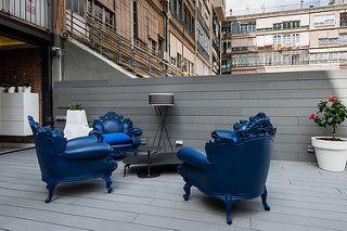 Terraza | Proyecto de reforma Bruc | Standal #reformaintegral #reformas #Barcelona #Eixample #Standal #decoración #interiorismo #terrazas #mobiliario #exteriores #sillones #azul