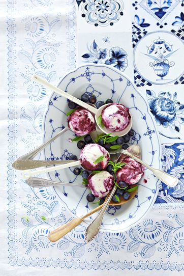 'Blaubeeren' series, Styling Maria Grossmann Food Marion Swoboda