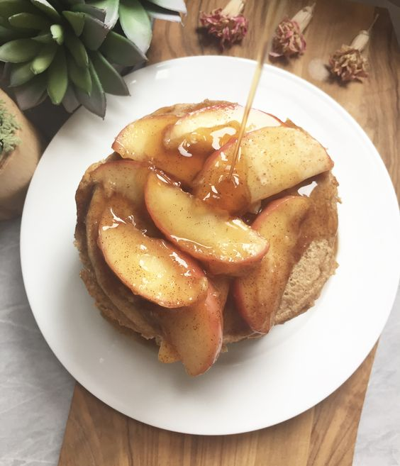 Vegan Apple Spiced Pancakes
