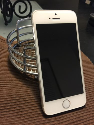 Att iPhone 5s 32gb Unlocked White And Silver Used But In Good Condition https://t.co/ZgRBeTB3pS https://t.co/dKQMDCodiu