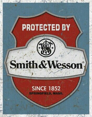 Smith&Wesson.