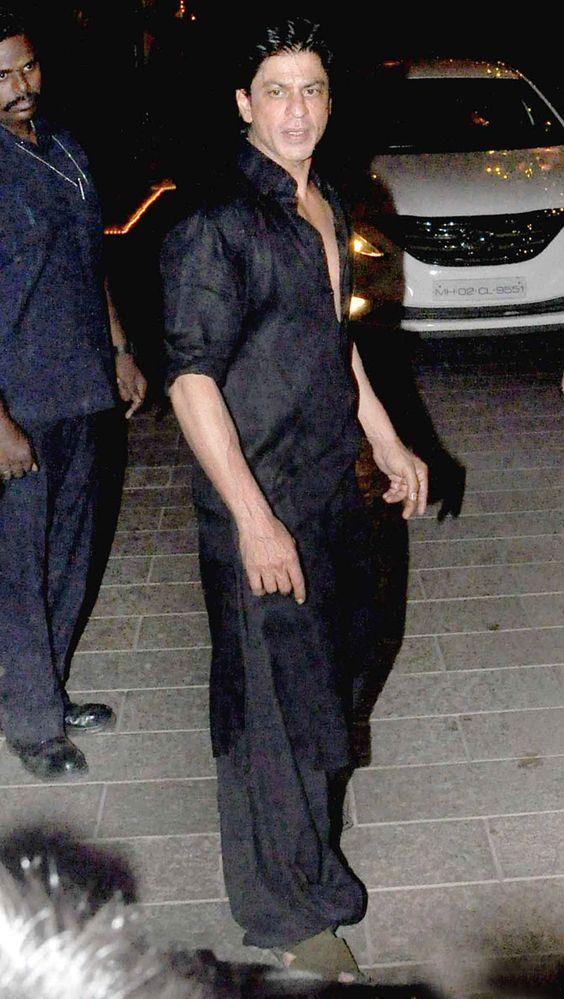 Shah Rukh Khan at Amitabh Bachchan's #Diwali bash. #Bollywood #Fashion #Style #Handsome #Desi