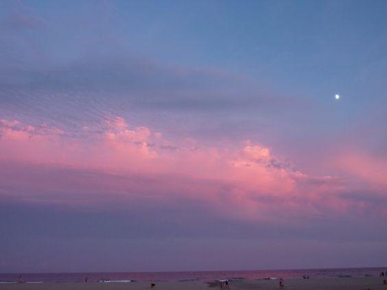 Puesta de sol en Roda de Bará.(Spain)