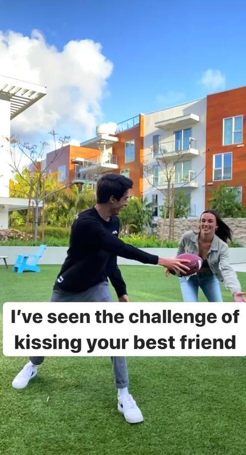 Brent Riverabrentrivera Officiel Tiktok In 2020 Best Friend Challenges Friend Challenges Dance Moms Videos