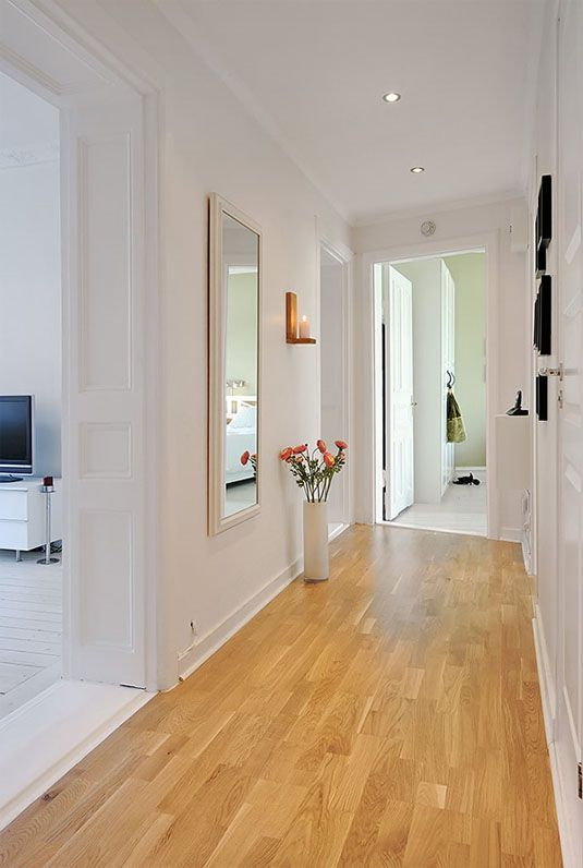 Narrow hallway decorating hallway decorating and small for Small flat design ideas