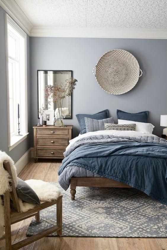 Colori alla moda: design da camera da letto favoloso in grigio-blu
