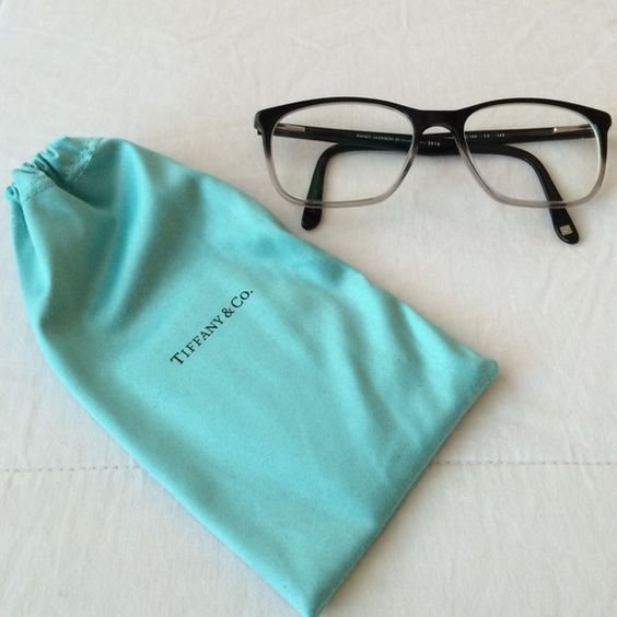 Tiffany & Co. Dust Bag Never used dust bag for glasses! Like new ✨✨    Make me an offer! Tiffany & Co. Bags