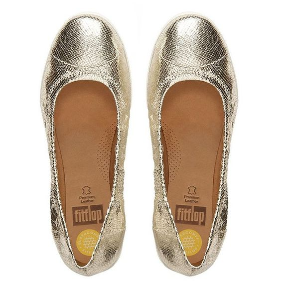 FitFlop F-Pop™ Textile Ballet Flats ($125) ❤ liked on Polyvore featuring shoes, flats, pale gold, ballerina flats, metallic flats, fitflop shoes, evening flats and metallic shoes