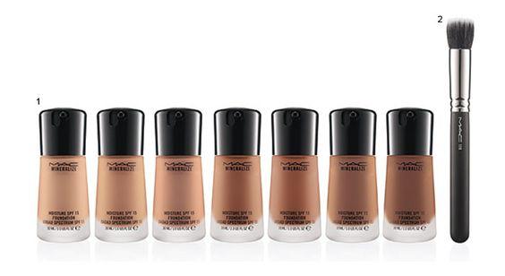 Maquiagem MAC Mineralize Moisture Foundation.