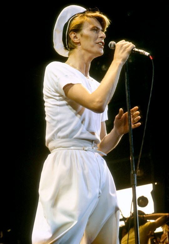 Sailors Fighting In The Dance Hall David Bowie Pictures David Bowie The Thin White Duke