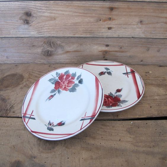 2 Vintage dessert plates  French porcelain DIGOIN  by MaisonW