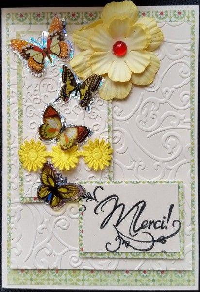 carte en srap, merci! envolé de papillon jaune de Aux P'tits Artistes les cartes sur DaWanda.com