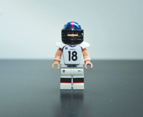 how to make lego football players