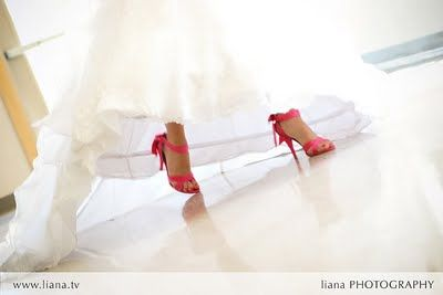 If I ever renew my vows...I shall wear pink shoes :)