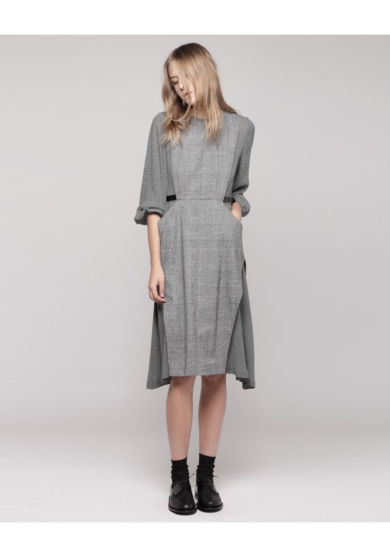 Toga pulla, Wool dress and Togas on Pinterest