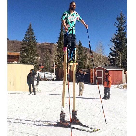 When the mountain won't come to you... be the mountain! #ski #skihumour