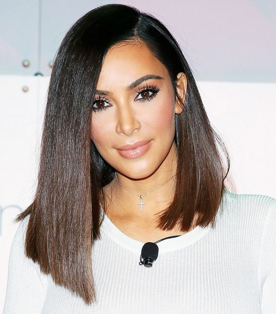 Kim Kardashian's new short hair and blush makeup look are perfect together