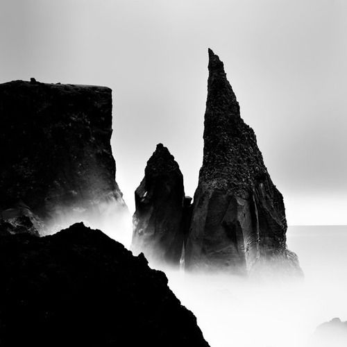 black-and-white:    Iceland II (byMichael Schlegel)